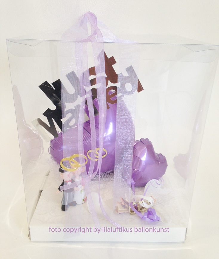 geschenkbox zur hochzeit in farbe lila f r geldgeschenk gutschein. Black Bedroom Furniture Sets. Home Design Ideas